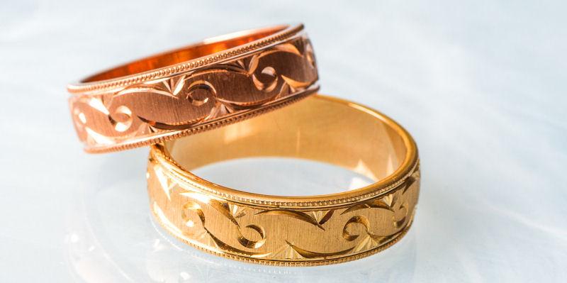 Rosegold Ring Gold Copper Alloy. We buy precious metals.