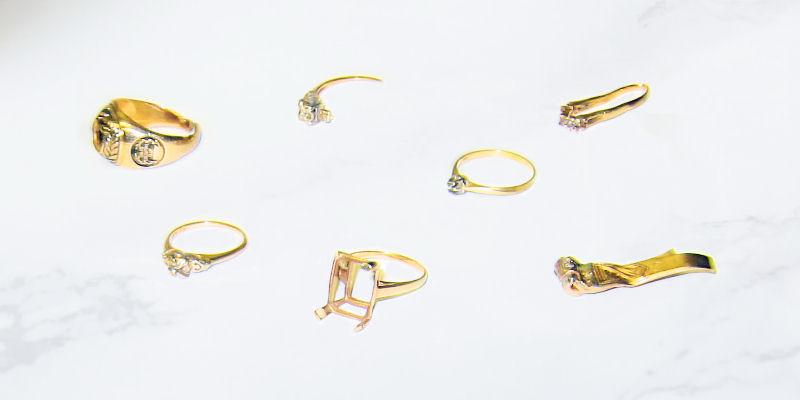 We buy broken jewellery